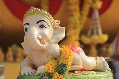 婴孩Ganesh印度神雕象在巴厘岛泰国 免版税库存照片