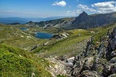 孪生和Trefoil湖,七个Rila湖, Rila山 免版税图库摄影