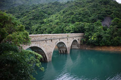 在tai tam水库,香港的一座桥梁 免版税库存照片