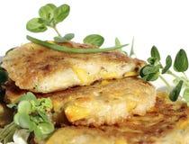 油煎的薄煎饼用甜玉米 库存图片