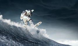 宇航员在船上 混合画法 免版税图库摄影