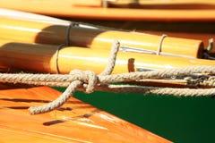 守旧派帆船,乡愁,在湖的夏天,叫Lateiner,一艘老帆船 免版税库存图片