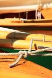 守旧派帆船,乡愁,在湖的夏天,叫Lateiner,一艘老帆船 库存照片