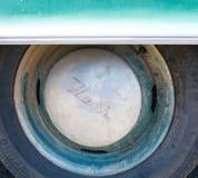 守旧派纳什轮毂罩水色秀丽 免版税库存照片