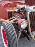守旧派旧车改装的高速马力汽车 库存图片
