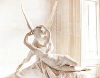 安东尼奥・卡诺瓦的雕象丘比特和灵魂 图库摄影