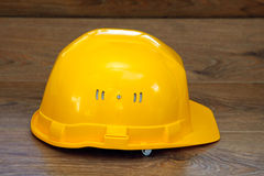 安全帽查出的空白黄色 库存照片