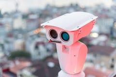 安全监控相机查出交通和恐怖分子威胁的运动 安全的概念和预防  免版税库存图片