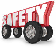 安全转动驾驶路规则安全旅行的轮胎 库存图片