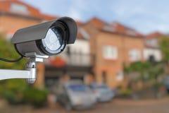 安全CCTV照相机监测得在家 监视和安全概念 免版税库存图片