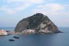 安吉洛褶皱藻属坐骨海岛sant的意大利 免版税图库摄影