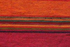 安地斯山的五颜六色的纺织品 库存图片