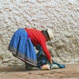 安地斯山的土产妇女 库存图片