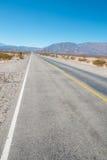安地斯山的路 免版税图库摄影