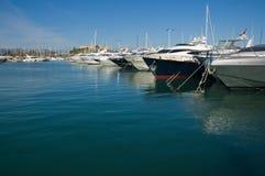 安地比斯豪美的端口游艇 免版税库存照片