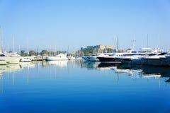 安地比斯,法国- 2011年10月17日:安地比斯港在地中海的 库存照片