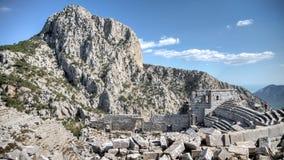 安塔利亚,土耳其- 203 10月24, :Termessos古董城市圆形剧场顶视图在安塔利亚 库存图片