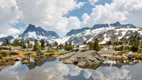 安塞尔亚当斯Wilderness高山湖风景 库存照片