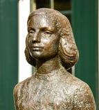 安妮・弗兰克, Janskerkhof,乌得勒支,荷兰雕象  免版税库存图片