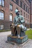 安徒生的纪念碑在哥本哈根,丹麦 免版税库存照片