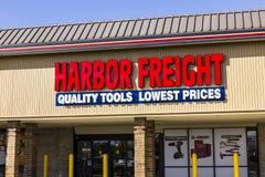 安徒生-大约2016年10月:港口货物用工具加工购物中心地点 港口货物工具是折扣工具零售商II 免版税库存照片