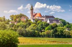 安德希斯修道院在夏天,施塔恩贝格,上巴伐利亚行政区,德国区  免版税库存图片