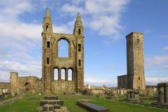 安德鲁斯大教堂鼓笛苏格兰st 免版税库存图片