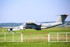 安托诺夫An-72喷气机 库存照片