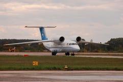 安托诺夫An-74T UR-74010 (安托诺夫设计局) 库存图片