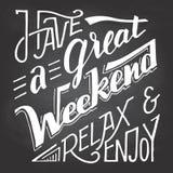 安排一个了不起的周末放松和享用黑板 库存照片