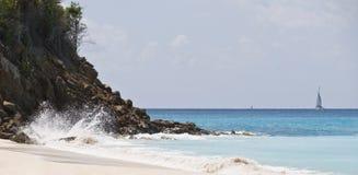 安提瓜岛横向海运 免版税库存图片