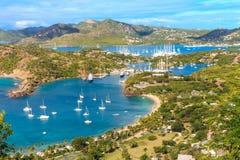 安提瓜岛海湾鸟瞰图,法尔茅斯海湾,英国港口,安提瓜岛 免版税图库摄影
