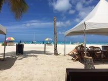 安提瓜岛海滩小屋 免版税库存图片