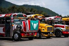 安提瓜岛的公共汽车 免版税库存图片