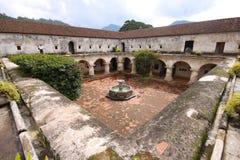 安提瓜岛capuchinas教会女修道院las 免版税库存图片