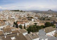 安特克拉美丽如画的西班牙城镇白色 免版税库存照片