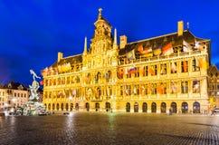 安特卫普、格罗特Markt和城镇厅,比利时 免版税库存照片
