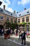 安特卫普,比利时- 2015年5月10日:旅游参观Rubenshuis (鲁文斯议院)在安特卫普 免版税图库摄影