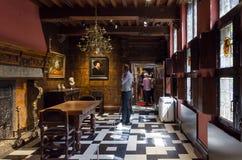 安特卫普,比利时- 2015年5月10日:旅游参观Rubenshuis (鲁文斯议院) 免版税库存图片