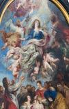 安特卫普-在我们的夫人大教堂里主要法坛的圣母玛丽亚场面的做法彼得・保罗・鲁本斯从年1626。 库存照片