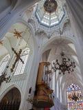 安特卫普-大教堂圆屋顶和transept  库存照片