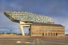 安特卫普总部口岸,设计由萨哈・哈帝在破晓,安特卫普,比利时 免版税库存照片