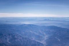 安第斯山脉窗口平面视图  图库摄影