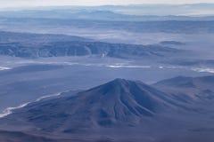 安第斯山脉窗口平面视图  免版税库存照片