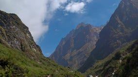 安纳布尔纳峰地区山timelapse 云彩Timelapse在山附近的 尼泊尔 影视素材