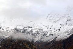 安纳布尔纳峰营地,喜马拉雅山山,尼泊尔 免版税图库摄影