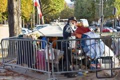 安置一个有胡子的老人的街道 免版税图库摄影