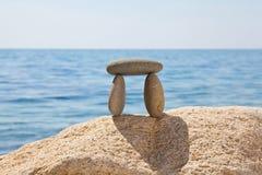 安置小卵石石头 免版税库存照片