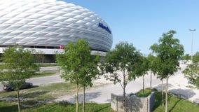 安联球场和停车场,从寄生虫的鸟瞰图 影视素材