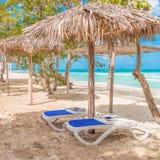 安静的海滩场面 免版税库存照片